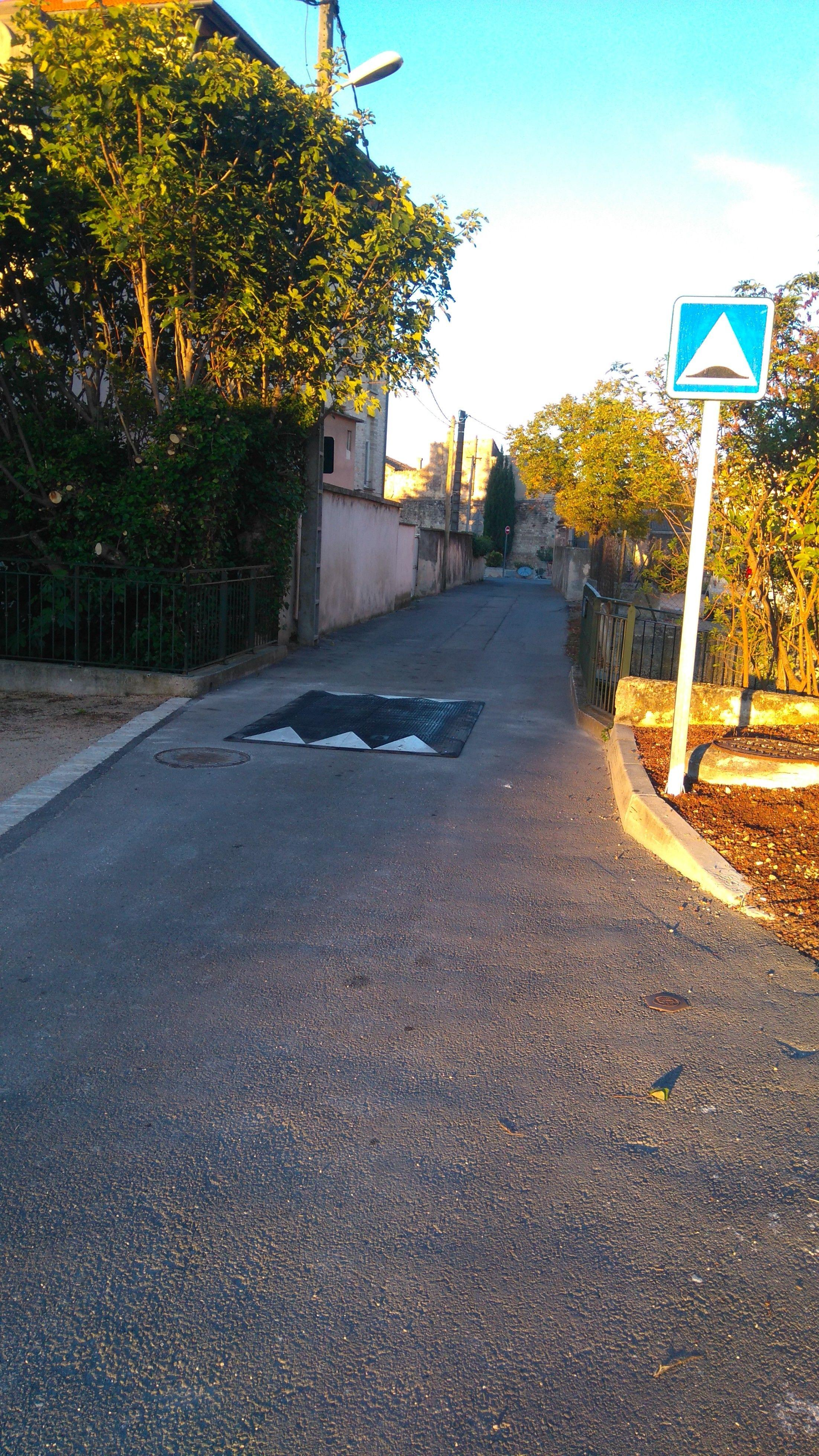 ralentisseur-rue-mistral